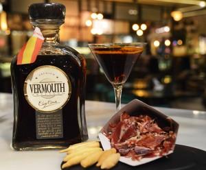 maridaje-vermut-jamon-iberico-bellota-cruz-conde 300x248